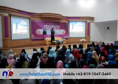 """Kuliah Dosen Tamu """"Katarsis"""" – Psikologi Universitas Diponegoro"""