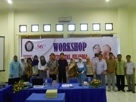 Project - Universitas Diponegoro - Power of Compassion - Berfoto bersama peserta