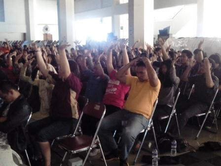 Project - Maranatha - Dear Stress, Let's Break Up - Latihan Emotion Culturing bersama 450an peserta