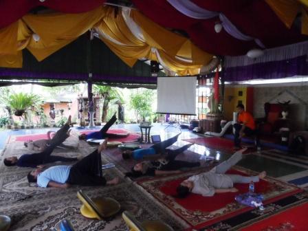 Project - Weekend Workshop - Toward Higher Intelligence - Latihan yang difasilitasi oleh Haryadi