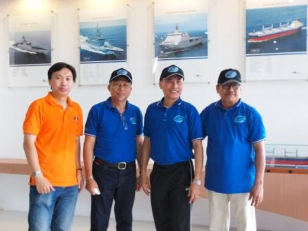 Project - Olahraga Tawa PT. PAL Indonesia (Persero) - Bersama Direktur Desain dan Teknologi PT. PAL, Bapak Saiful Anwar dan Kepala Dishub Provinsi Jatim, Bapak Wahid Wahyudi