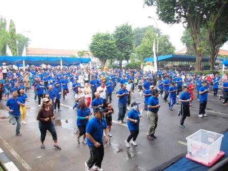 Project - Olahraga Tawa PT. PAL Indonesia (Persero) - Jogging sebagai pemanasan sebelum tawa