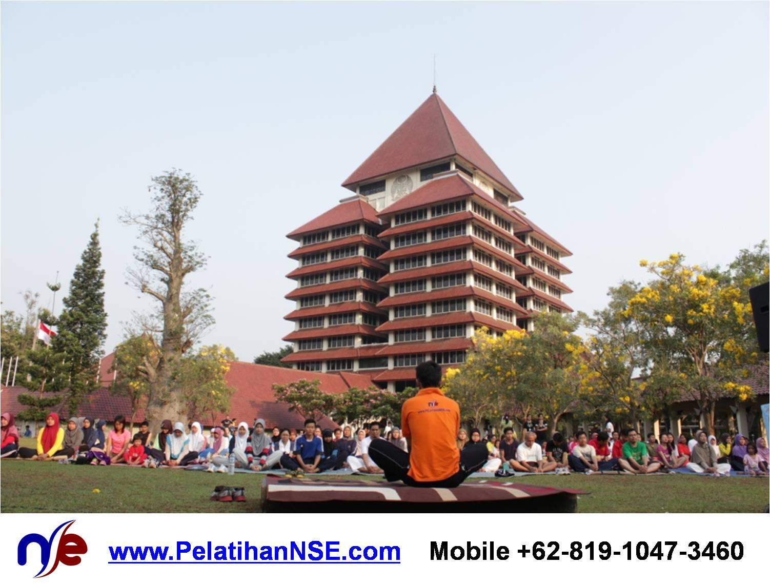 Project - KMHD UI - Yoga for Life - Pemanasan Fanning bersama 250an peserta