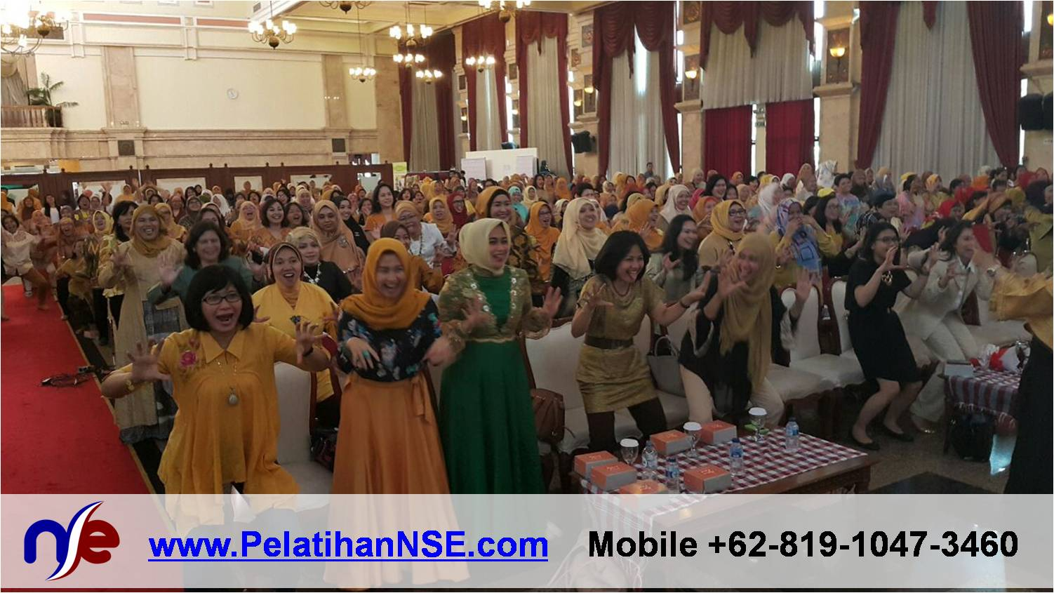 Yoga Tawa - Nova Inspiring Day 29 April 2015 - 1000 peserta melakukan Tawa Singa.png