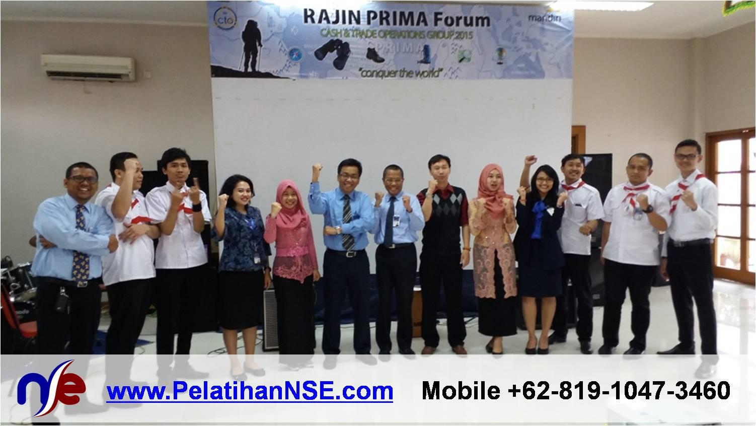 Merdeka untuk Mencintai - Bank Mandiri CTO - Foto Bersama VP Pak Agus Retmono dan tim