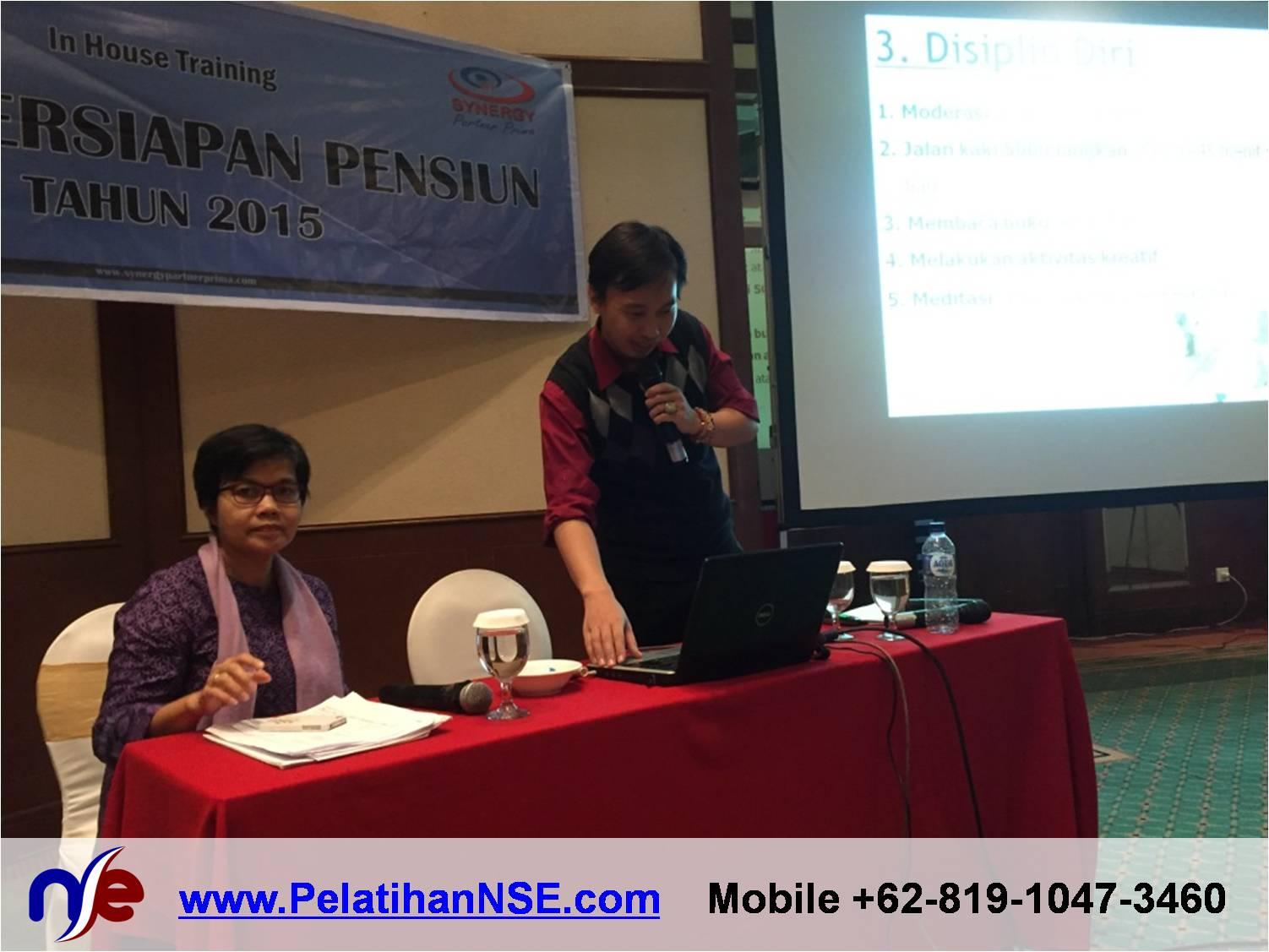 Retiree Empowerment - Bank Jateng - Fasilitator Bu Dewi Juniarti dan Bapak Haryadi