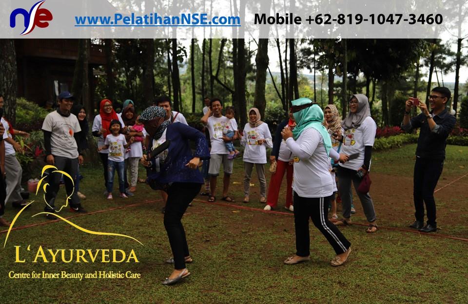 L'Ayurveda Pelatihan NSE - Family Gathering Kereta Commuter Indonesia Angkatan I Tahun 2018 - 20-21 Maret 2018 - Ibu-ibu bermain games
