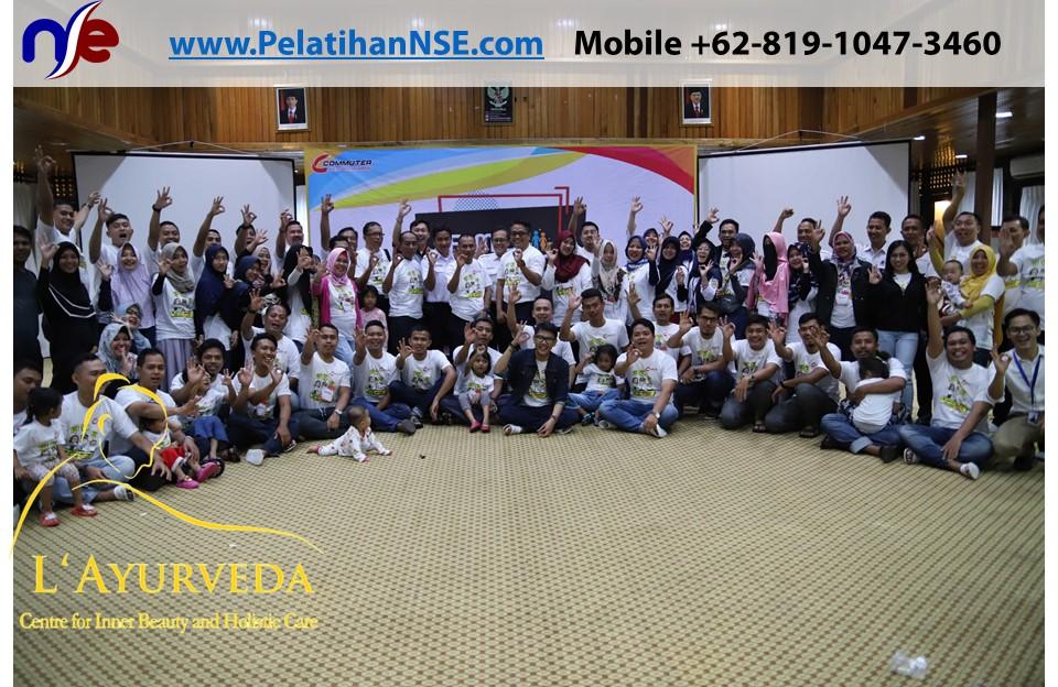 L'Ayurveda PelatihanNSE - Family Gathering Kereta Commuter Indonesia Angkatan V 2018 - 3-4 Apr 2018 - Foto Bersama Manajemen KCI