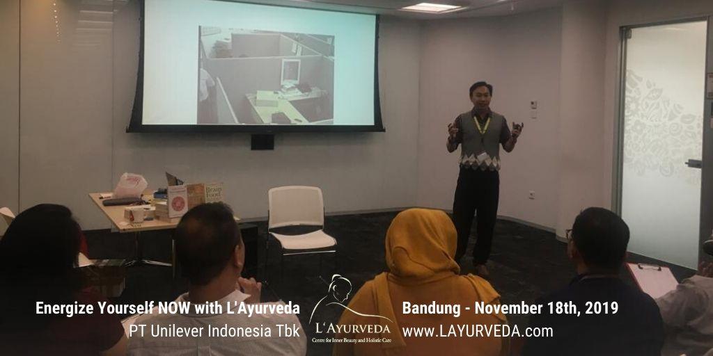 Energize Yourself NOW with L'Ayurveda - Unilever Indonesia - 18 November 2019 - Pak Hari menjelaskan tentang Dampak Stress