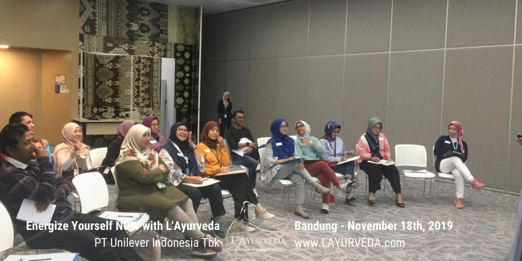 Energize Yourself NOW with L'Ayurveda - Unilever Indonesia - 27 November 2019 - Menyimak Materi